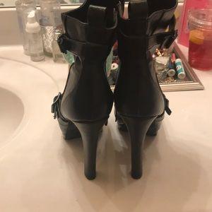 Vera Wang Shoes - Vera Wang Booties